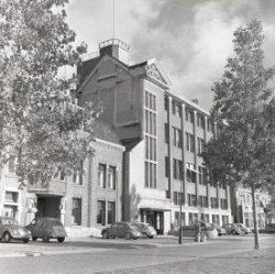 1956-10  (1) Bas den Oudsten